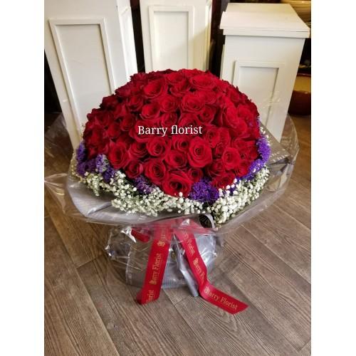 BOU 0101 99支美國紅玫瑰配襯花