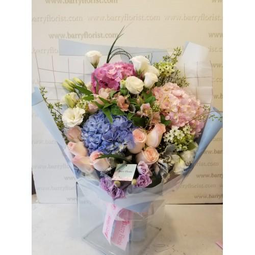 BOU 0154  繡球花3支+玫瑰+季節性配花
