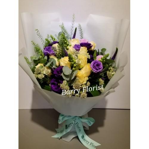 BOU 0151  12支香檳色玫瑰+紫色配花