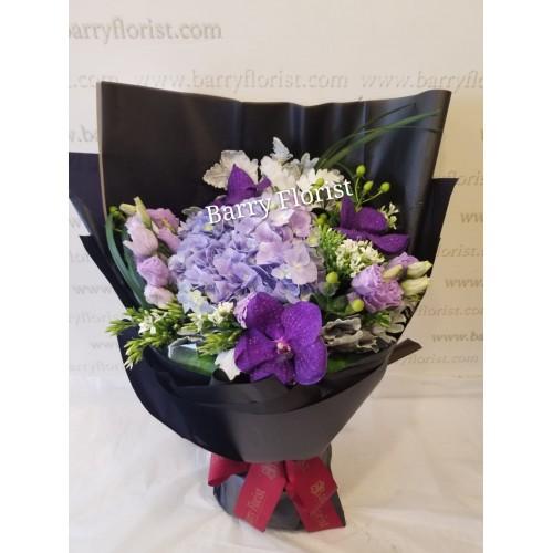 BOU 0150    繡球+萬代蘭+配花