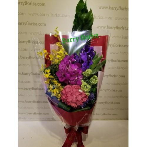 BOU 0121 2支萬代蘭 + 1支繡球花 + 季節性襯花
