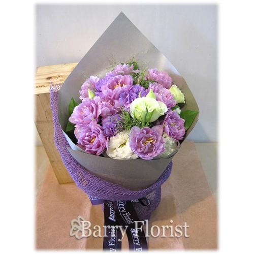 BOU 0072 10支紫色鬱金香 + 紫色及白色桔梗 + 季節性襯花