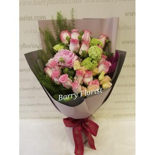 BOU 0143   20支進口玫瑰+襯花