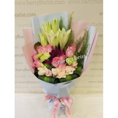 BOU 0140     百合+10支粉玫瑰+襯花