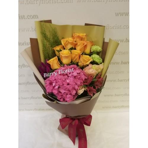 BOU 0141    10支荷蘭橙色玫瑰+1支深粉繡球+襯花